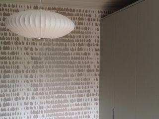 Brook Green, London Townhouse My-Studio Ltd Skandinavische Schlafzimmer Metallic/Silber