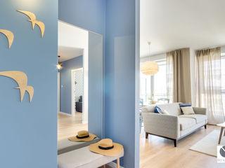DoMilimetra Moderner Flur, Diele & Treppenhaus Blau