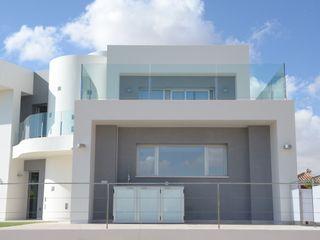 DYOV STUDIO Arquitectura, Concepto Passivhaus Mediterraneo 653 77 38 06 빌라 사암 화이트