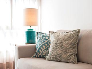 Super Cozy Filipa Cunha Interiores Salas de estar modernas Turquesa