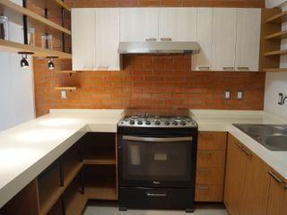 LOFT ESTUDIO arquitectura y diseño Modern style kitchen Bricks Wood effect