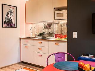 Finchstudio Кухня в стиле модерн Многоцветный