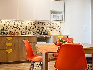 Finchstudio Кухня в стиле модерн Оранжевый