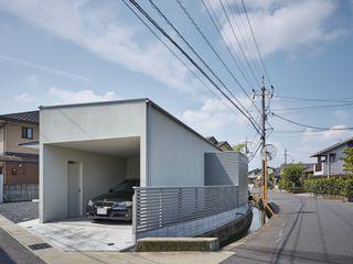 toki Architect design office 現代房屋設計點子、靈感 & 圖片 木頭 White