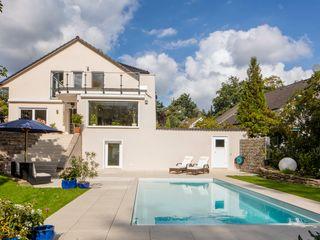 All inclusive - nach zwei Wochen Urlaub ist der Traumgarten fertig Hesselbach GmbH Moderne Pools