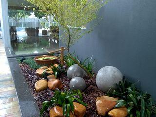 Borges Arquitetura & Paisagismo Jardin moderne