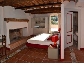 Mini Cucina a scomparsa monoblocco cm.165 con ante - Mini cucine per AGRITURISMO SIZEDESIGN SMART KITCHENS & LIVING CucinaContenitori & Dispense