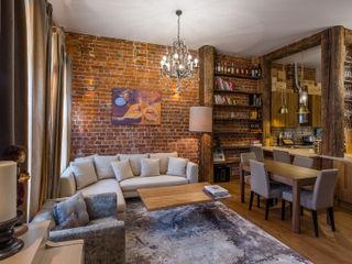 Квартира в историческом доме на Неглинной ARK BURO Гостиная в стиле лофт Кирпичи Коричневый