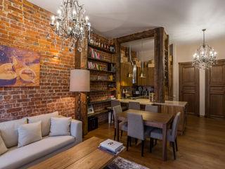 Квартира в историческом доме на Неглинной ARK BURO Гостиная в стиле лофт
