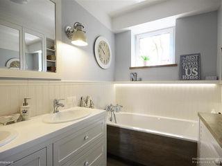 Pracownia Projektowa Pe2 Classic style bathroom