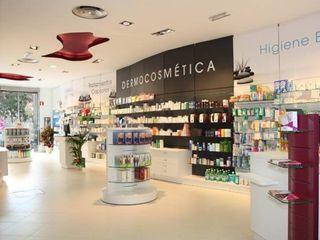 Architect Hugo Castro - HC Estudio Arquitectura y Decoración Office spaces & stores