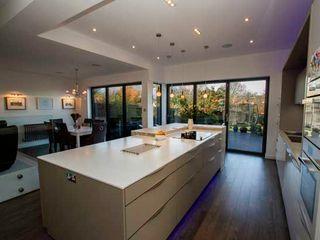 Kitchen Extension, Berrylands, Surrey Cube Lofts 現代廚房設計點子、靈感&圖片