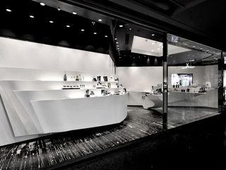 FAK3 Espacios comerciales de estilo minimalista Blanco