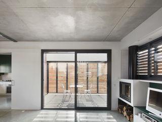 Vallribera Arquitectes Moderne Wohnzimmer