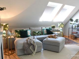 Wohnung im tropischen Stil Homemate GmbH Skandinavische Wohnzimmer Grau
