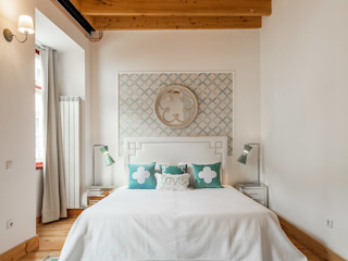 White Glam BedroomBeds & headboards