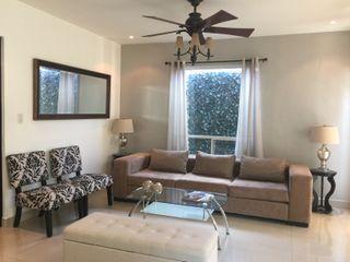 Espacios que Inspiran Living roomSofas & armchairs