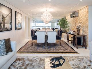 Reforma de apartamento - por Eduardo Borém Joana França Sala de jantarAdega
