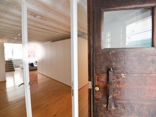 Studio Fori Koridor & Tangga Modern