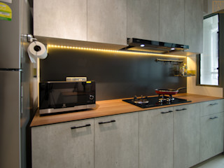 Designer House KitchenCabinets & shelves Solid Wood Amber/Gold