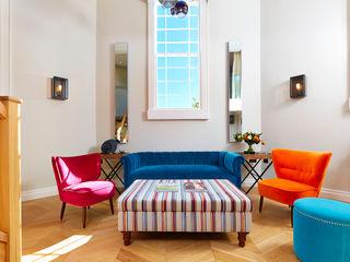 Bath Interior Design Project and Showpiece Etons of Bath 现代客厅設計點子、靈感 & 圖片