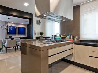 Studio Leonardo Muller Dapur Modern