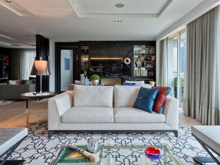 Studio Leonardo Muller Ruang Keluarga Modern