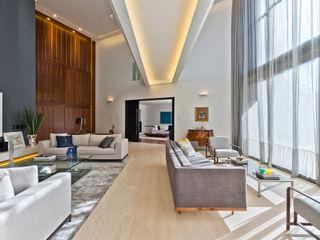 Studio Leonardo Muller Ruang Keluarga Modern Kayu White