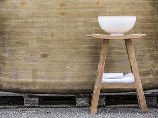 Cipì: arredo tra natura e post industriale Ceramiche Addeo BagnoLavabi Legno massello