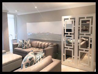 Project * Frans Alexander Interiors Modern living room