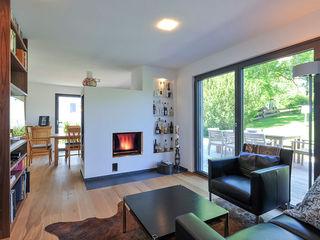 KitzlingerHaus GmbH & Co. KG Modern Living Room White
