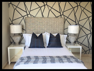 Project ^ Frans Alexander Interiors Modern style bedroom