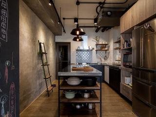珞石設計 LoqStudio Cozinhas industriais
