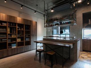 珞石設計 LoqStudio Cocinas de estilo industrial