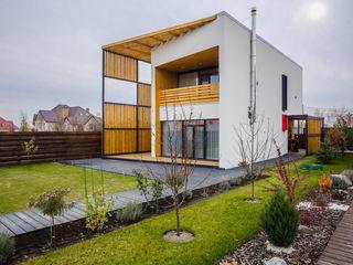 Grynevich Architects Minimalist house Wood White