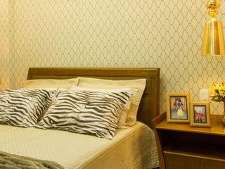 Cris Nunes Arquiteta SchlafzimmerBetten und Kopfteile