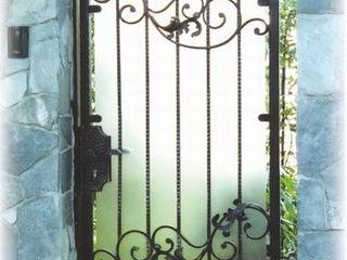 Ferforje Bahçe Kapısı REYTAŞ DEMİR ÇELİK FERFORJE Rustik Evler Demir/Çelik Bej