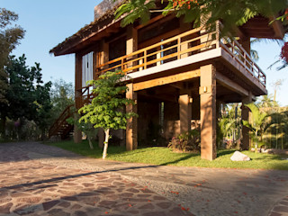 Cervantes Bueno arquitectura Rustic style houses Stone Wood effect