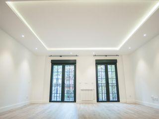 Reformadisimo Balconies, verandas & terraces Lighting