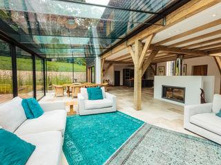 Double Height Structural Glass Atrium and Rear Extension Trombe Ltd Гостиная в стиле модерн