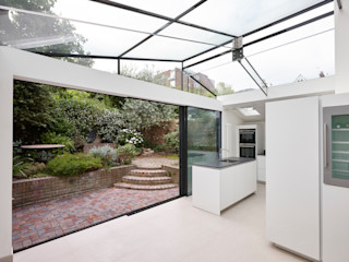 Richmond Kitchen Extension Trombe Ltd Кухня в стиле модерн