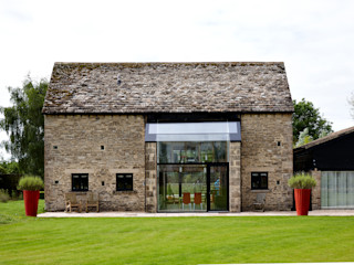 Structural Glazed Screen designed by Trombe Trombe Ltd Окна и двери в стиле модерн