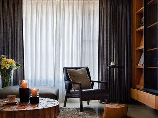 三輝謙匯.引暖 DYD INTERIOR大漾帝國際室內裝修有限公司 现代客厅設計點子、靈感 & 圖片