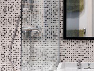 Salle de bain Olivier Francheteau Salle de bain moderne Verre Gris