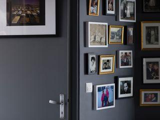 Couloirs Olivier Francheteau Couloir, entrée, escaliersAccessoires & décorations Gris