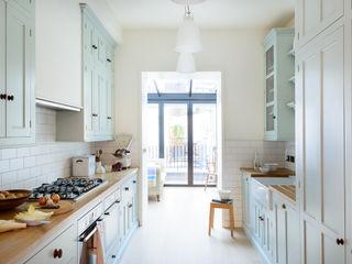 The Pimlico Kitchen by deVOL deVOL Kitchens Кухня Синій