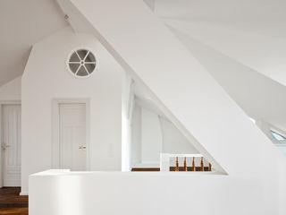 brandt+simon architekten Вітальня Білий