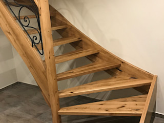 lifestyle-treppen.de Country style corridor, hallway& stairs Wood