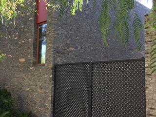 Taller Luis Esquinca Moderne huizen Steen