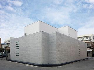 澤村昌彦建築設計事務所 Asian windows & doors Concrete Grey